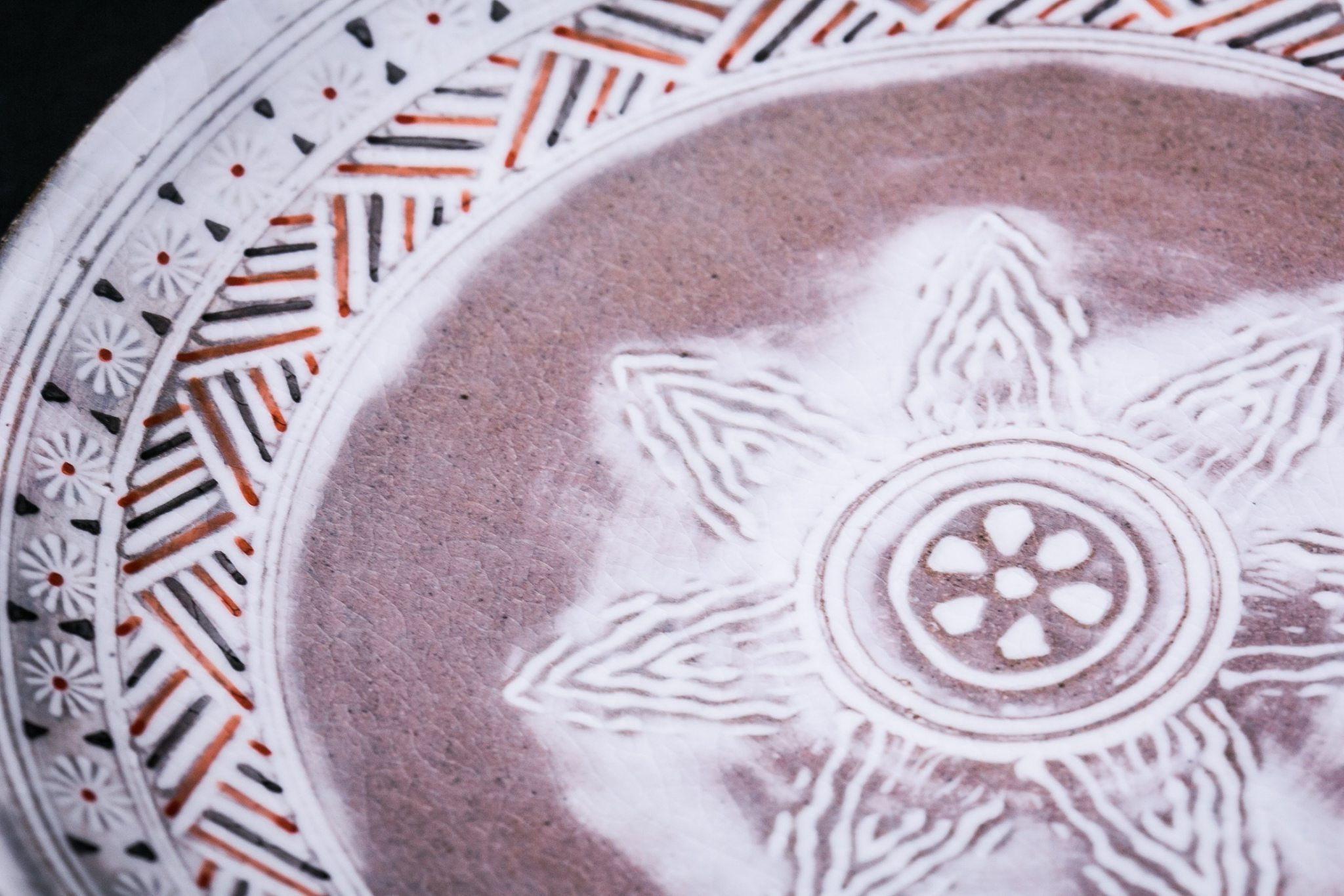 Kyoto Pottery Red Dining Plate | Mishima Pattern-SARA