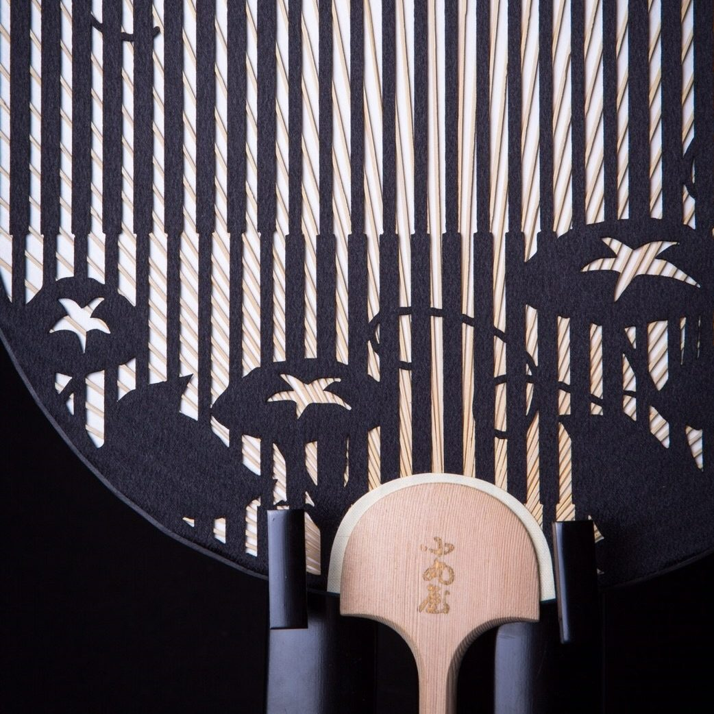 Cutting-Round-fan-Japanese-traditional-Checked-pattern-and-Japanese-Mornign-glory-3